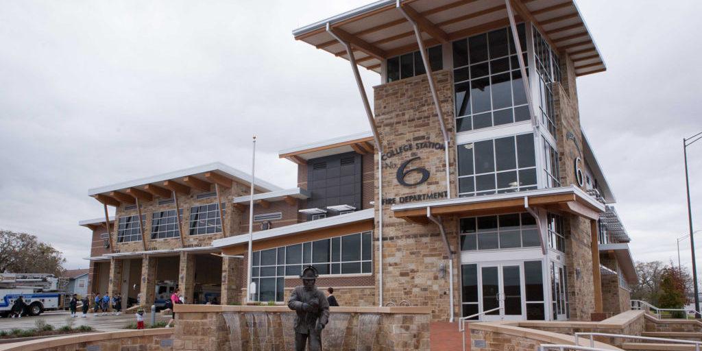 Built Wright Construction - College Station Fire Dept Steel Erection